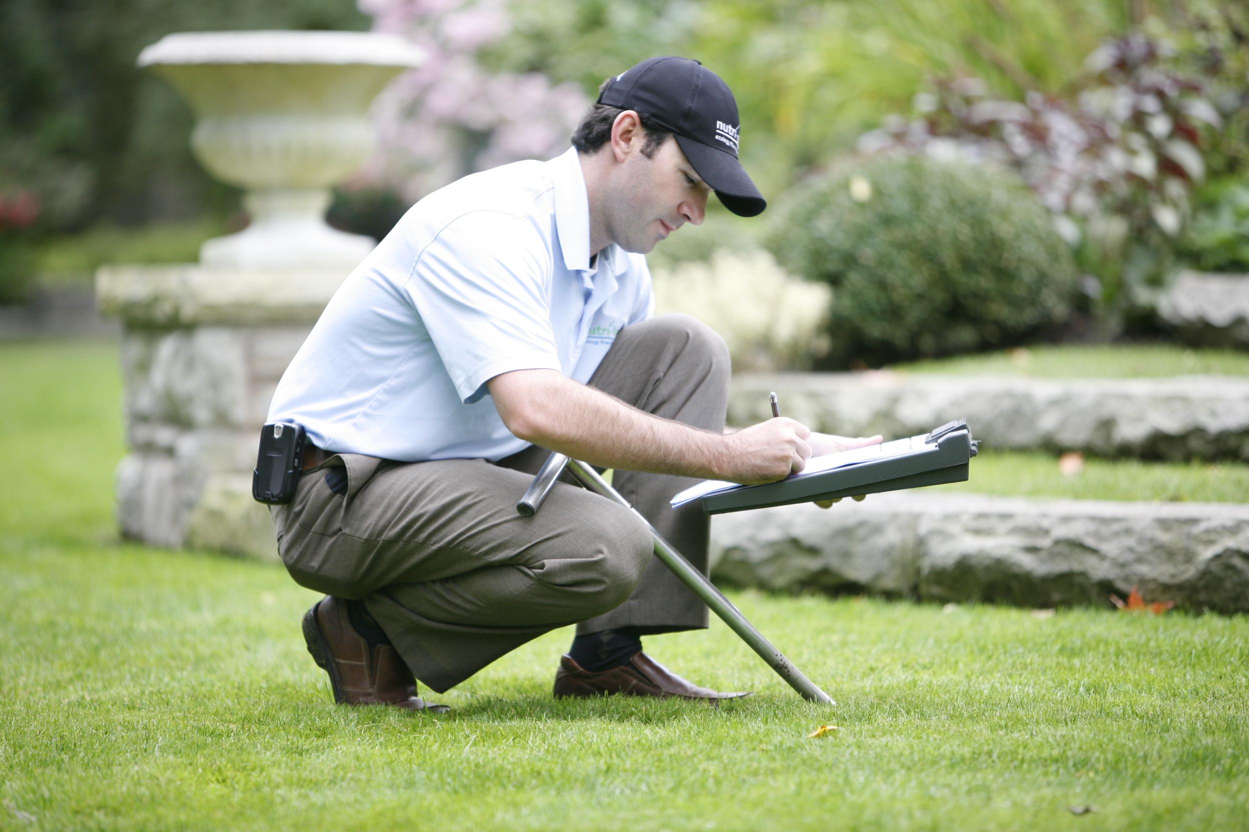 Shawn Karn, The Grass Expert