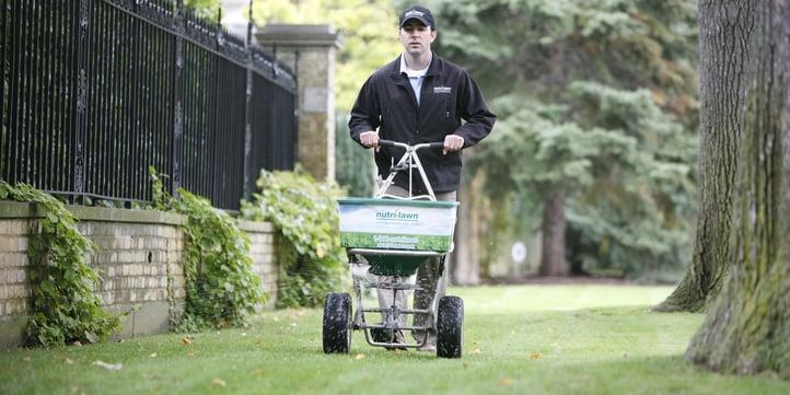fertilizing-curb-appeal.jpg